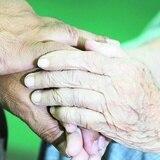 Al menos 15 residentes de hogares de ancianos fallecieron por COVID-19 en septiembre