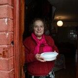 """Chilenos combaten hambre con """"ollas populares"""""""
