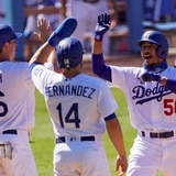 Con jonrones de Pollock y Betts, Dodgers doblegan a Gigantes