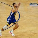 Stephen Curry está haciendo historia nunca antes vista con sus triples