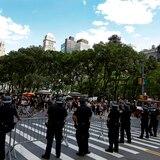 Cámara de Representantes de Estados Unidos aprueba reforma a la policía