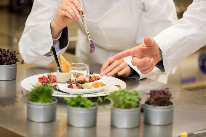 En el Instituto Coameño de Turismo y Artes Culinarias puedes adentrarte en esta cotizada industria.