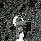Sonda de la NASA logra contacto con la superficie de un asteroide