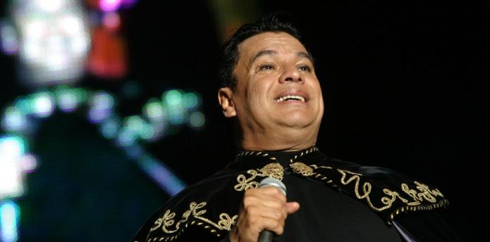 El cantante y compositor mexicano tenía 66 años. (EFE/Armando Mota)