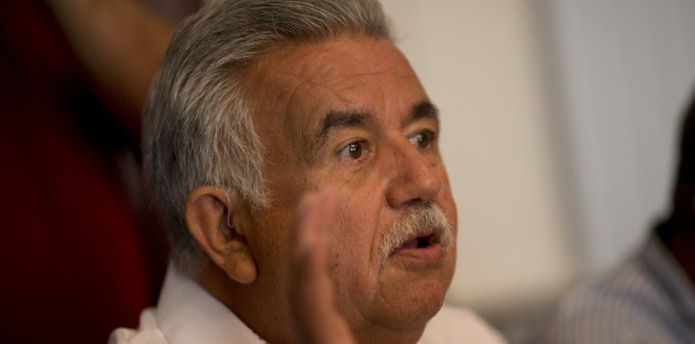 Jorge González Otero se retira frustrado, pero aseguran que otros alcaldes se sienten igual. (Archivo)