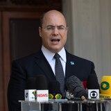 Allanan residencia de gobernador de Río de Janeiro