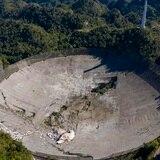 Gobernadora firma orden ejecutiva para la reconstrucción del Observatorio de Arecibo