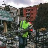 Albania trabaja sin descanso para rescatar sobrevivientes del terremoto