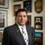 Víctor Arroyo conmemora su 40 aniversario en la industria de seguros