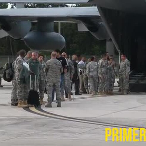 Soldados heridos llegan a su patria para celebrar la Navidad