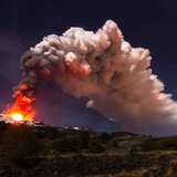 Volcán Etna experimenta la sexta erupción en ocho días
