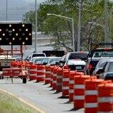 Alertan de cierre de carril en la autopista Luis A. Ferré