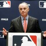 La decisión de retirar el 21 de Clemente estaría en manos del comisionado de MLB