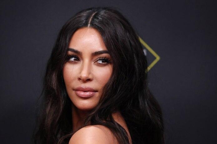 """La protagonista del programa de telerrealidad """"Keeping Up With The Kardashians"""", Kim Kardashian, creó en 2017 KKW Beauty siguiendo los pasos de su hermanastra Kylie Jenner."""