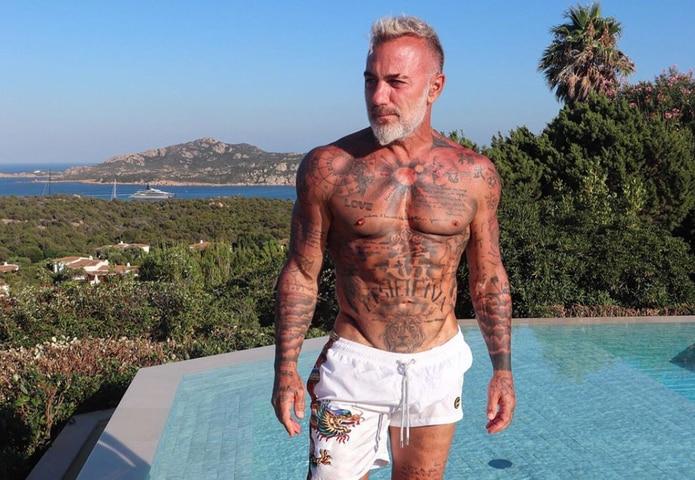 Gianluca Vacchi se hizo famoso por sus fotos y vídeos en las redes sociales.