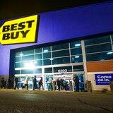 Tiendas apuestan por el Black Friday tras meses de caídas en ventas