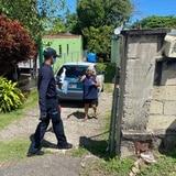 Municipio de Quebradillas entrega kits de protección a mayores