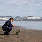 Japón rememora el tsunami del 2011 en silencio