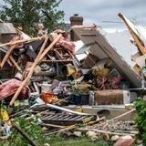 "Cuatro heridos por tornado ""peligroso"" que arrasó suburbios de Chicago"