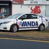 Director de campaña de Wanda Vázquez defiende alquiler de autos y asegura están causando sensación