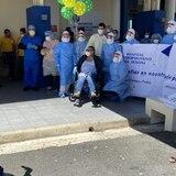Celebran la vida de paciente recuperada de coronavirus