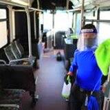 A paso lento la transportación pública