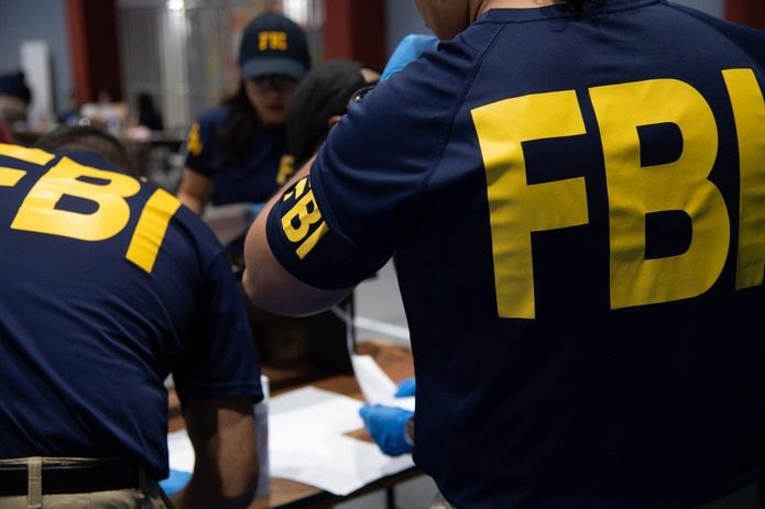 Agentes del Negociado federal de Investigaciones (FBI, en inglés).