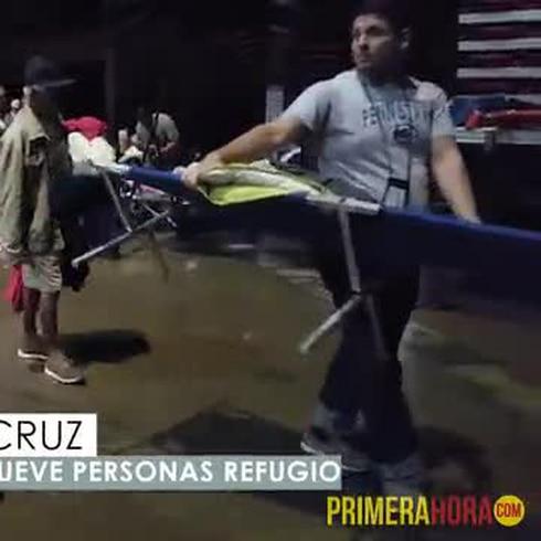 Chorro de agua provoca movilización en refugio de San Juan