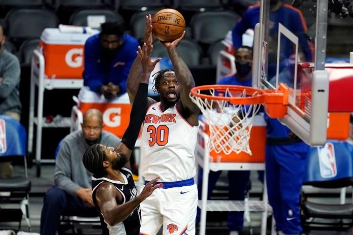 Nueva York recibirá a los Raptors el 1ro. de noviembre, exactamente 75 años después del día en que los Knicks visitaron a los Huskies de Toronto en el partido que inauguró la campaña de la Asociación de Baloncesto de Estados Unidos (BAA), rebautizada tres años después como la NBA.