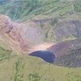 Piden mantener la alerta por el volcán activo en San Vicente y Granadinas