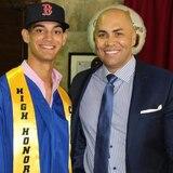 Mathew Lugo y su clase se gradúa de la Carlos Beltrán Academy