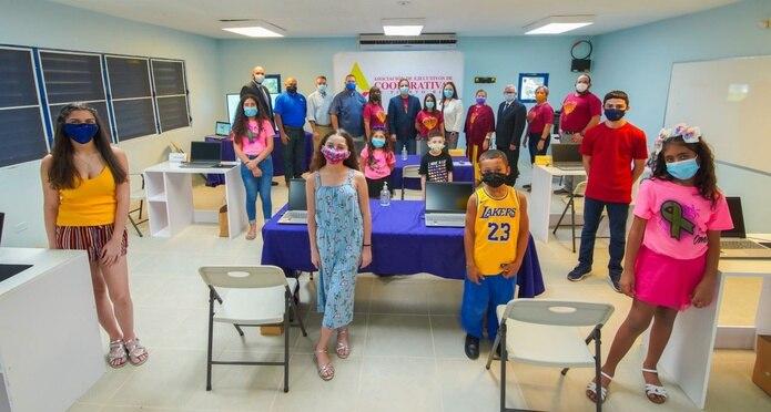 """A pesar de que son muchos estudiantes en la comunidad de Virgilio Dávila, la junta de directores de la Casa Familiar, denominada cariñosamente como """"La Casita"""", trazó un plan de trabajo para impactar a la mayor cantidad posible."""
