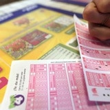 Cambian horarios de sorteos de las loterías ante el paso de Karen