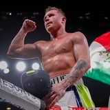 'Canelo' Álvarez se corona campeón supermediano en su regreso a los ensogados
