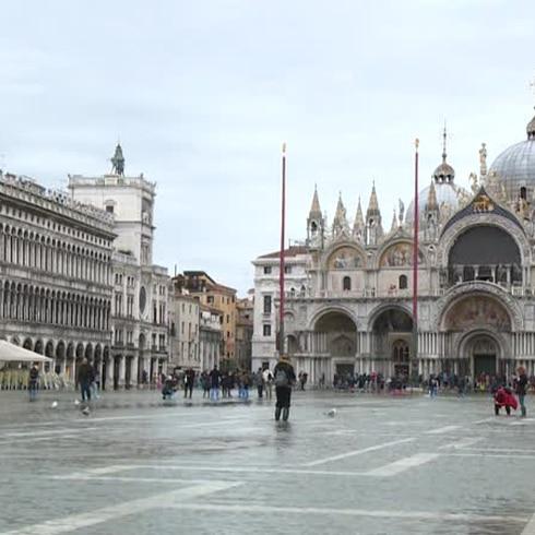 Histórica marea alta en Venecia