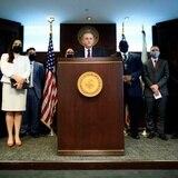 Federales diligencian una docena de arrestos por fraude a PUA
