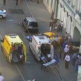 Interrogan a taxista que atropelló a 8 en el centro de Moscú