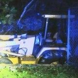 Muere hombre que iba de pasajero en una excavadora