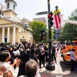 "Nombran ""Black Lives Matter"" una calle frente a la Casa Blanca"