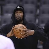 Kevin Durant estará fuera de acción toda la temporada