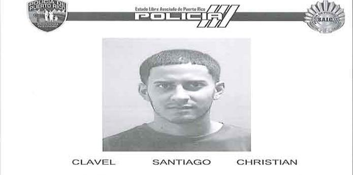 Christian Clavel Santiago, de 25 años, residente de Ponce, fue sorprendido por vecinos del lugar mientras cometía el delito y puesto bajo arresto por la policía. (Suministrada)