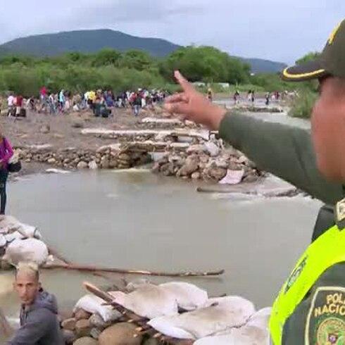 Destruyen vías ilegales en la frontera entre Colombia y Venezuela