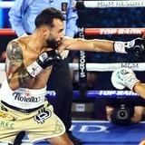 "El boricua Christopher ""Pitufo"" Díaz braveó por 12 rounds pero cayó al final por nocaut técnico"