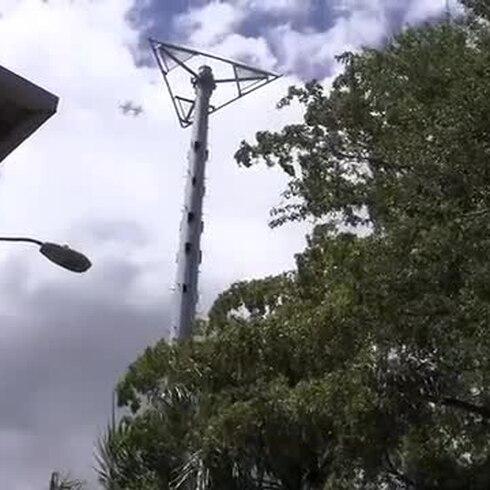 Más lamentos por torres de telecomunicación