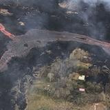 Científicos miden grosor de flujo de lava de volcán en Hawai