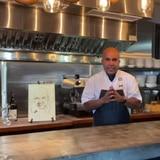 Guíllate de Chef: pasta con bistec de lomillo encebollado