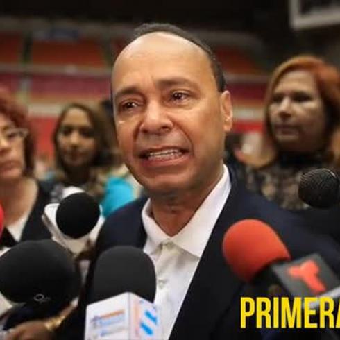 Luis Gutiérrez llora al hablar de Oscar López