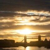Gran Bretaña estará un mes en cuarentena para contener COVID-19