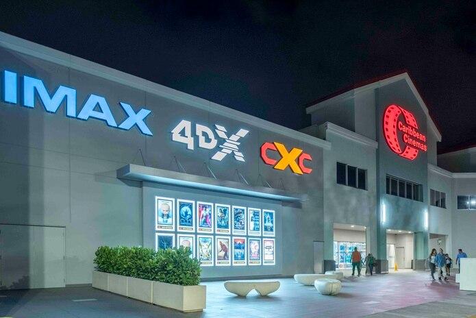 Caribbean Cinemas abrirá este jueves cinco cines de los 32 que hay en la isla. (Suministrada)
