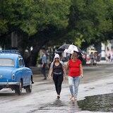 Tornado y lluvias causan daños en el centro de Cuba